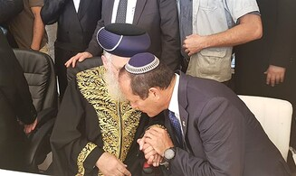 Watch: Jerusalem mayor after Priestly Blessing at Western Wall