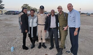 Rabbi proud of student - first Ethiopian IAF pilot
