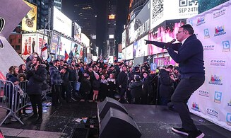 Watch: Jewish music rocks Times Square