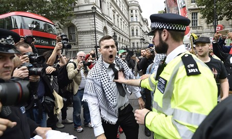 Anti-Israel protesters in London (archive)