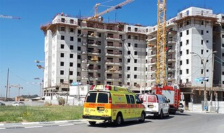 4 killed after crane collapses in Yavneh