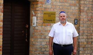 Halle synagogue door that saved 52 Jews to become part of memorial