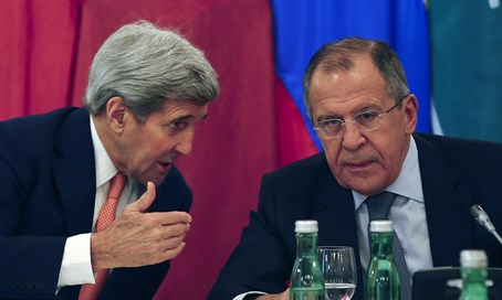 Kerry and Lavrov at meeting in Vienna on Syria (file)