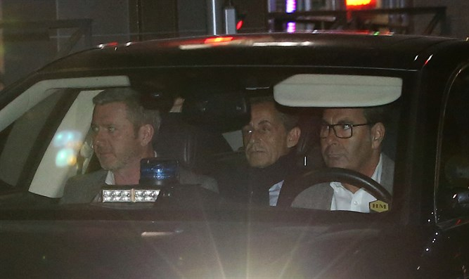 Sarkozy leaves judiciary police offices in Nanterre, near Paris