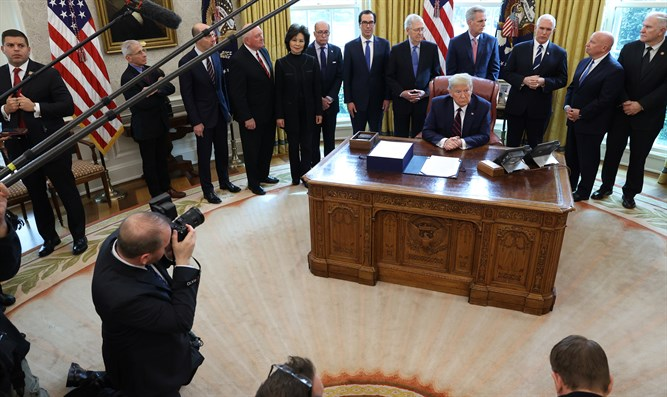 President Trump signs CARES Act into law